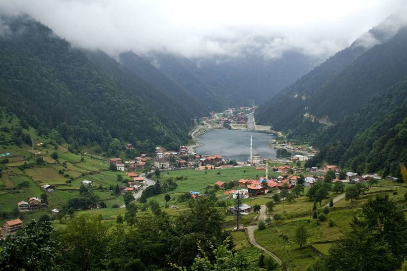 trabzon-blacksea-uzungol_lake_and_town